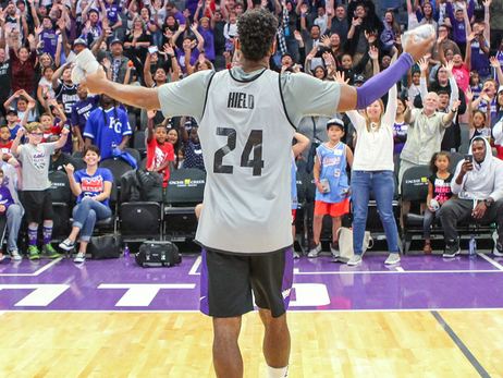 Watch Live: Kings Fan Fest