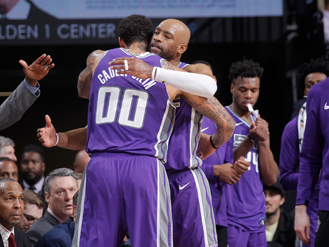 Kings Vote Vince Carter for Backbone Award