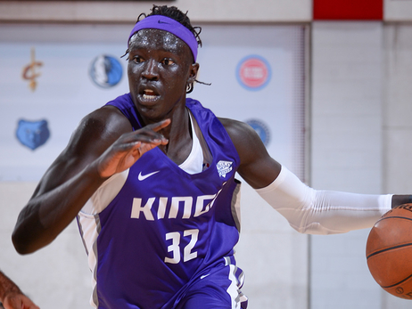 Wenyen Gabriel Finishes Summer League on High Note
