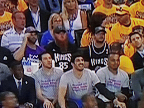Kings Fans Show #SacramentoProud at Western Conference Finals