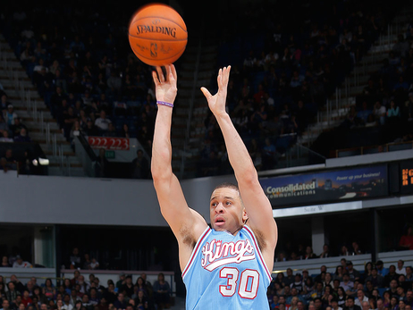 Seth Curry's Three-Point Showcase