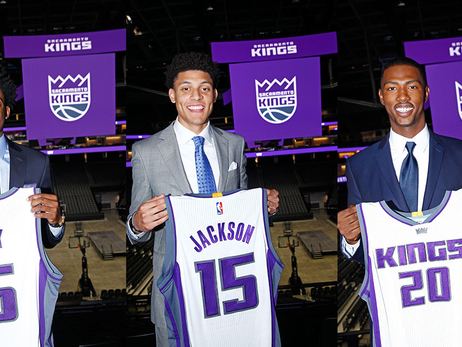Kings Sign Fox, Jackson and Giles