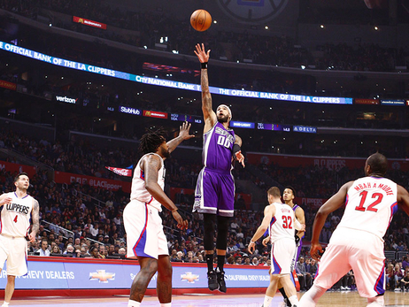 Kings Topped by Clippers in Finale