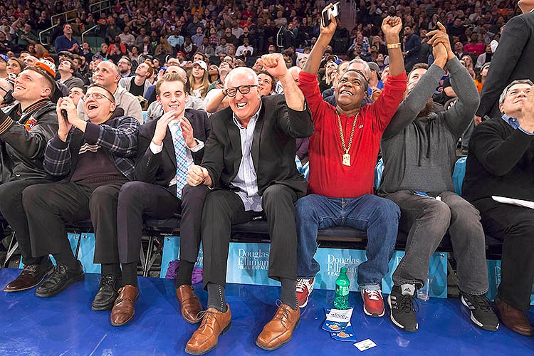 Douglas Elliman Celebrity Row 11 29 Knicks Vs Rockets