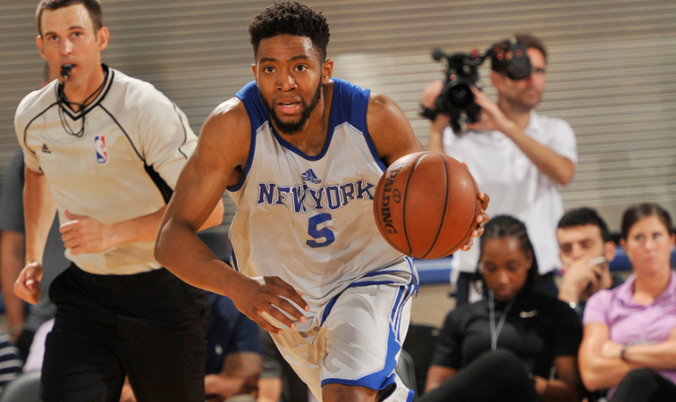 Knicks sign former Stanford guard Chasson Randle