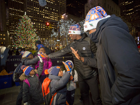 Garden of Dreams: Frank & Damyean join in a visit to the tree at 30 Rock