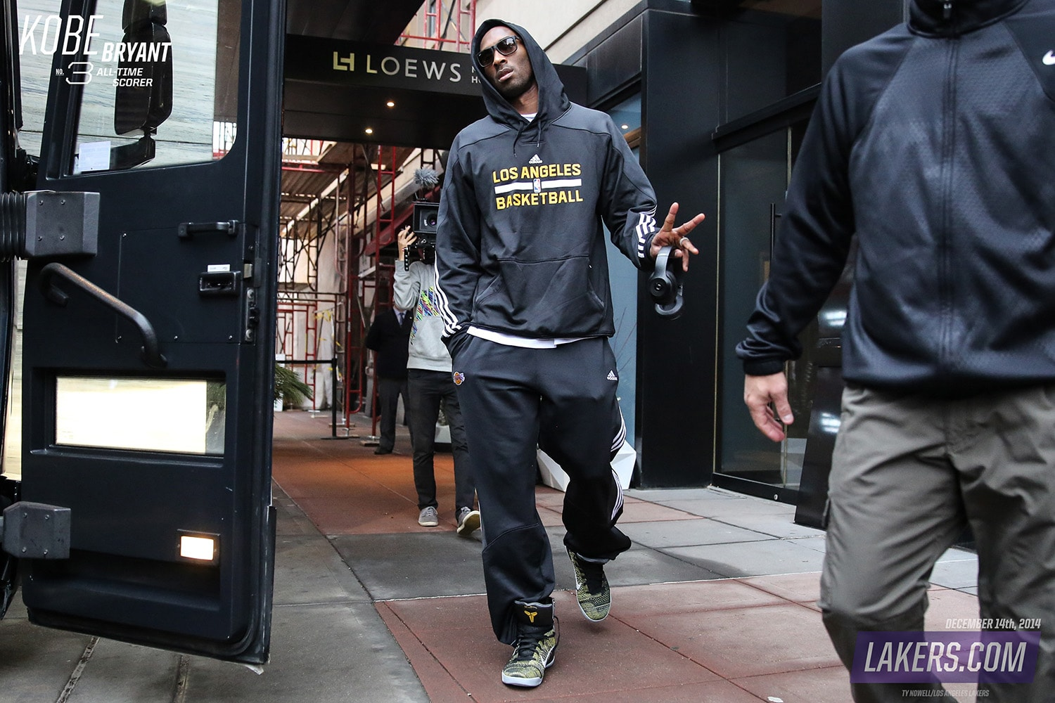 A day in photos december 14th 2014 los angeles lakers kobe bryant voltagebd Images