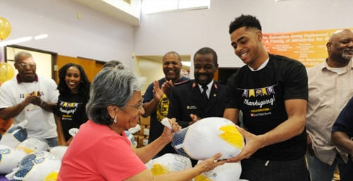 Lakers Turkey Giveaway 2015