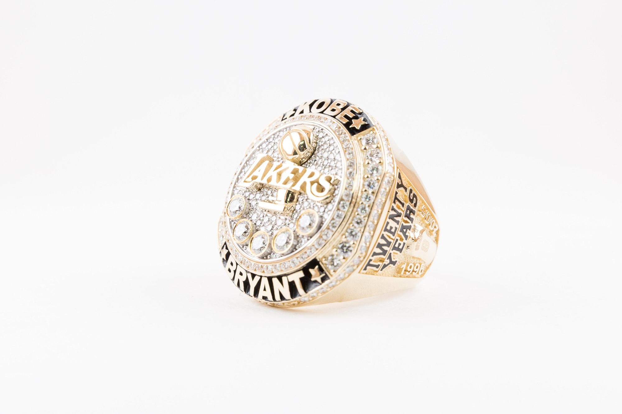 Lakers Present Kobe Bryant With Retirement Ring