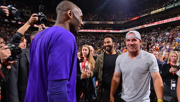 Stars From the Court and Beyond Pay Tribute to Kobe