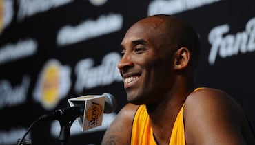 Kobe Delivers Final Press Conference