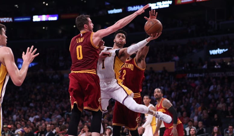 Russell Erupts for 40 As Cavs Rally to Win