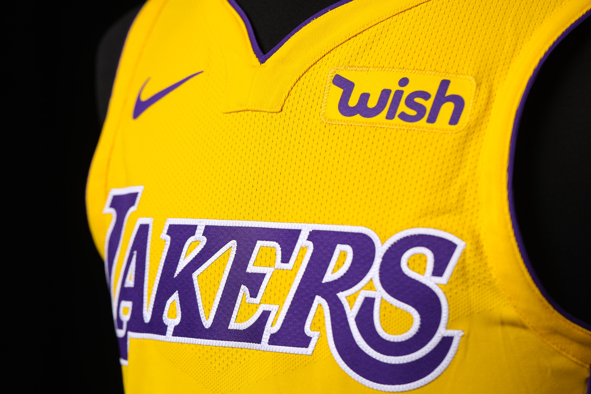 Lakers Partner With Wish