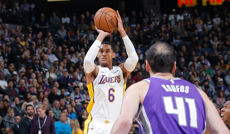 Lakers Can't Recover From Early Drought in Sacramento