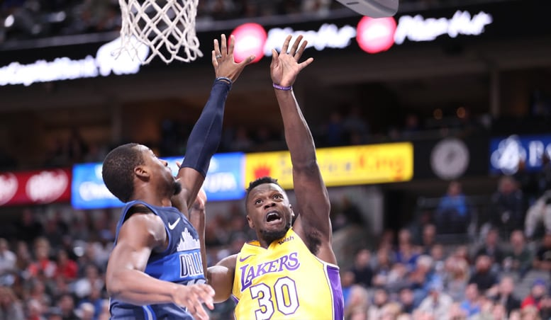 Randle Powers Lakers' Win in Dallas Homecoming