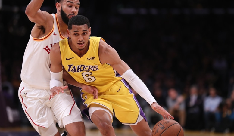 Sizzling Clarkson Drops 33 in Lakers' Win Over Pacers