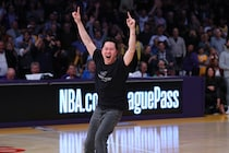 Dean Tran Wins Park MGM Big Shot Jackpot | Los Angeles Lakers