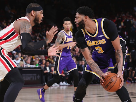 Lakers reach 20 wins, stay undefeated away from STAPLES