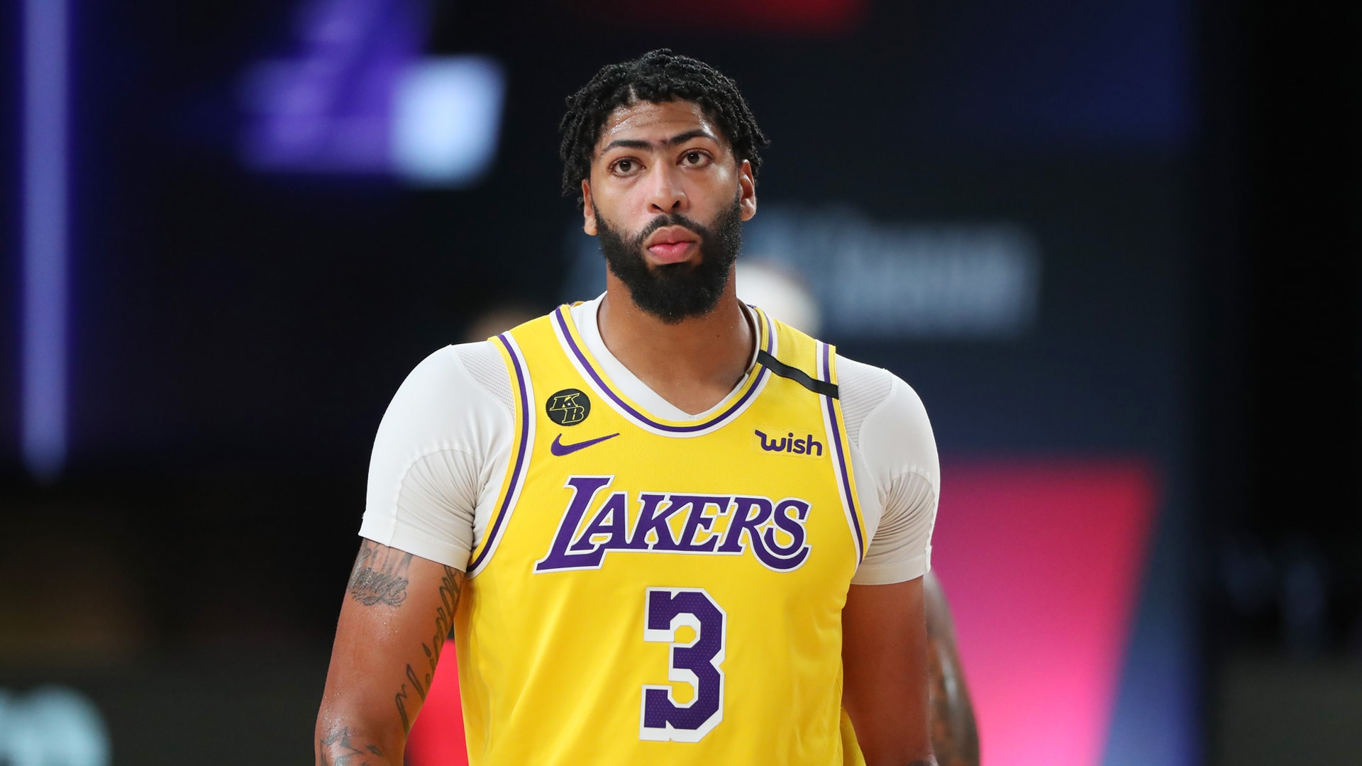 Anthony Davis Dominates in Lakers' Game 2 Victory   Los Angeles Lakers