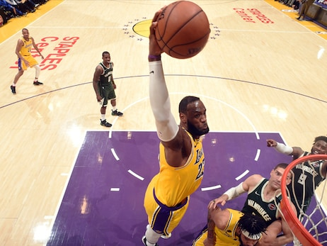Lakers Defeat Bucks, Seal the 2020 Playoff Deal