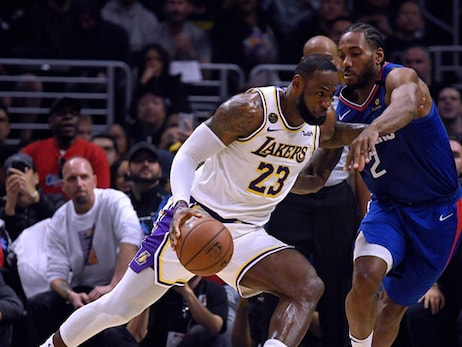 Lakers Outlast Clippers With Second Half Surge