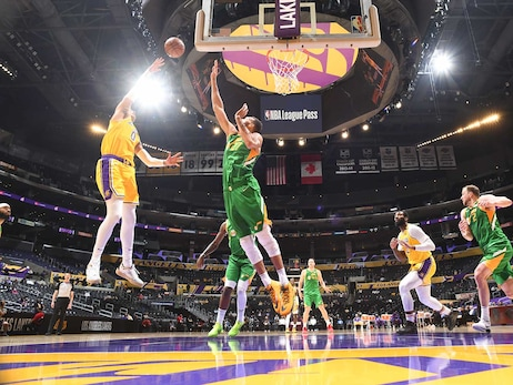 Photos: Lakers vs Jazz (4/19/21)