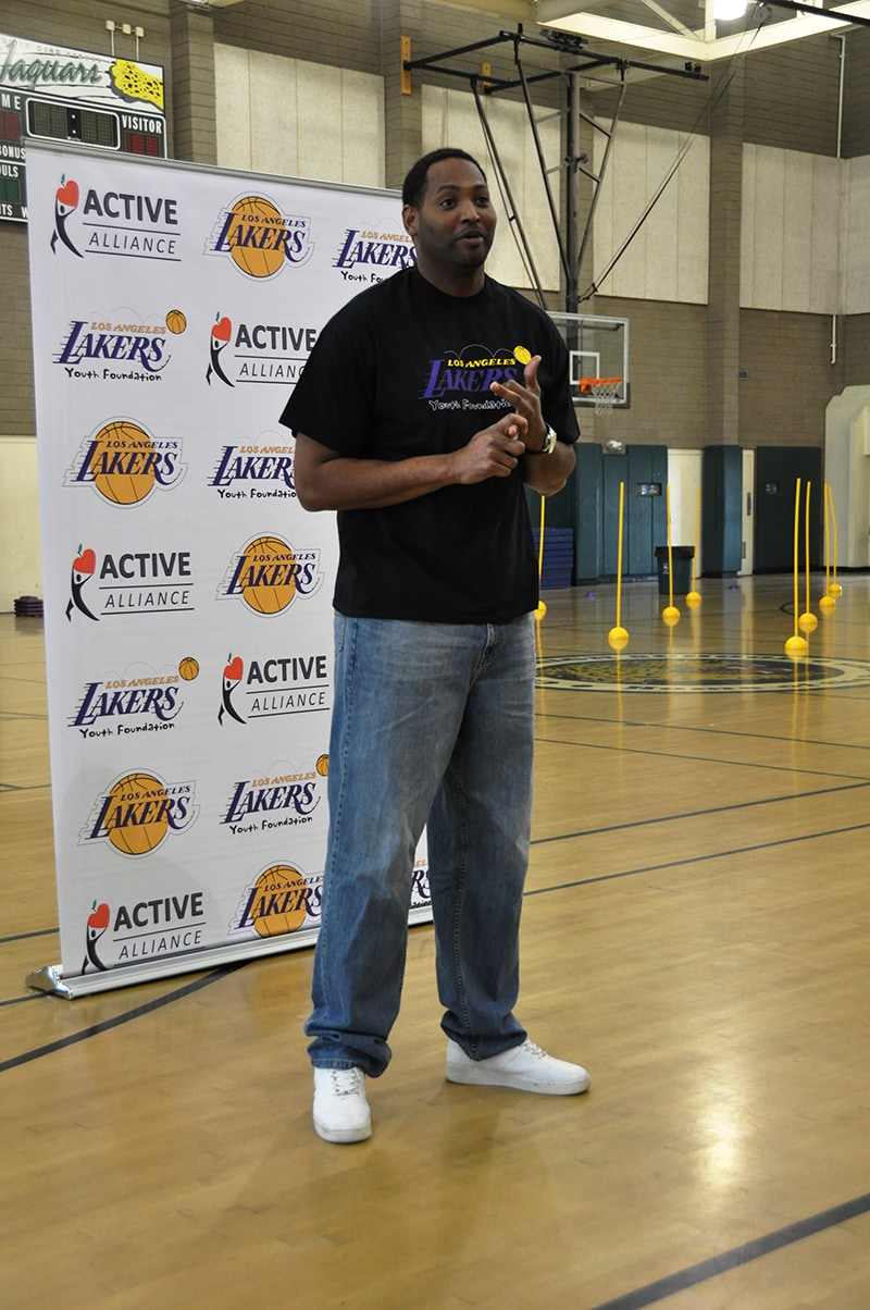 Robert Horry talks to students of Long Beach Polytechnic and Valley High School about education, and life experiences on and off the court.