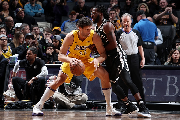 It's Time for Lonzo, Lakers to Look Inward for More | Los ...