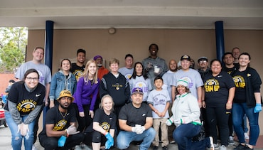 Lakers Team Up for MLK Jr. Day