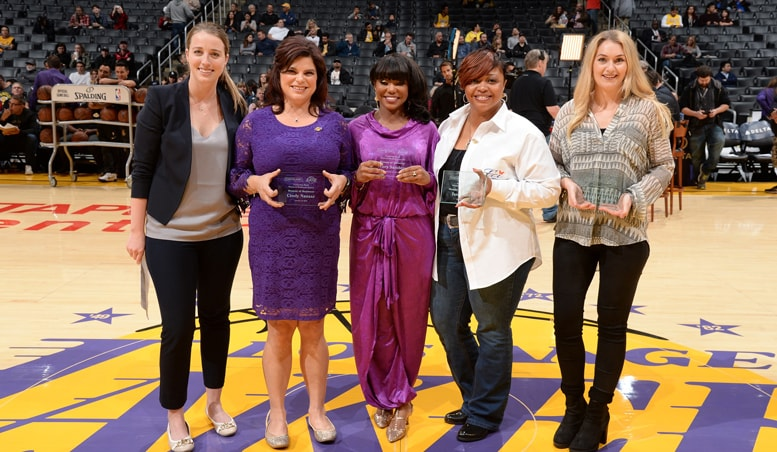 Kaitlin Skopec (Comerica Bank representative), Cindy Nasser, Tracy Sanders, Tera Hilliard and Chloe Riley (accepting on behalf of Ashley Crowder) accepting the Comerica Bank Woman's Business Award for December 2017.