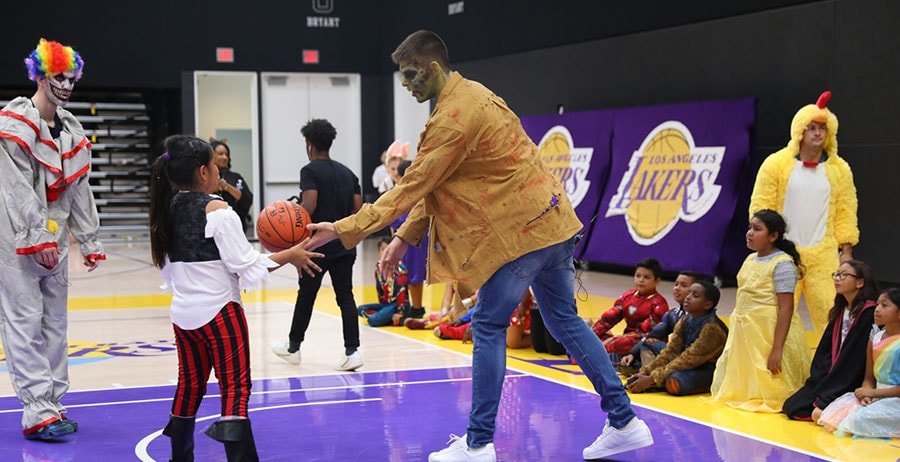 Ball, Zubac and Mykhailiuk Team Up with Lakers Staff to Host Halloween at Training Center