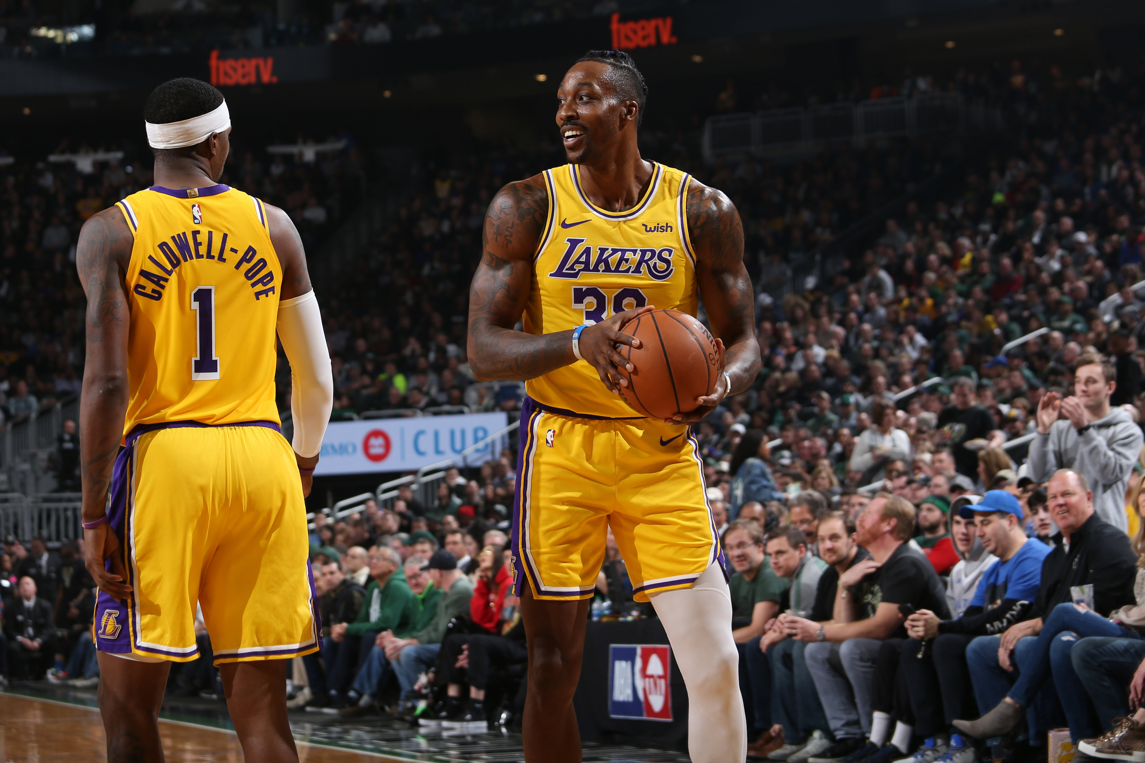 Photos: Lakers vs Bucks (12/19/2019) | Los Angeles Lakers