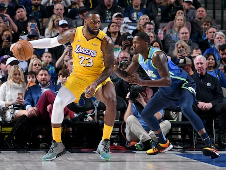 Photos: Lakers vs Mavericks (01/10/2020)