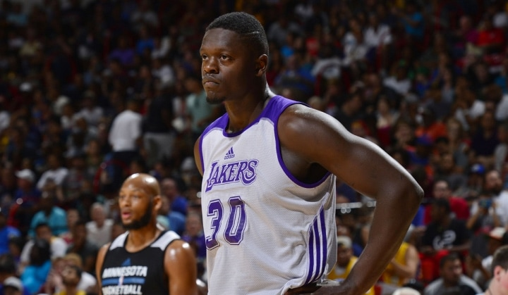 Julius Randle looking on during a Summer League game against the Timberwolves