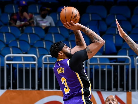 Photos: Lakers at Magic (04/26/21)