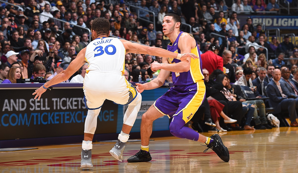 Steph Curry guards Lonzo in a November matchup from STAPLES Center.