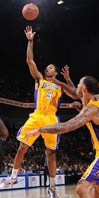 Chris Douglas-Robers Lakers Shot