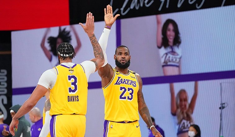 James Davis Dominate In Game 1 Of The Nba Finals Los Angeles Lakers