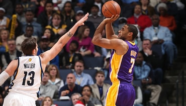 Lakers at Grizzlies: 10 Things to Know