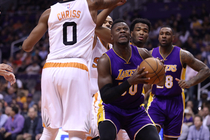 156509605168 Lakers Head to All-Star Break After Loss to Suns