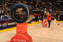 LAKERS: Toyota Skills Challenge Finals Winner