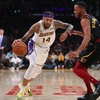 LeBron-Less Lakers Stunned by Cavs