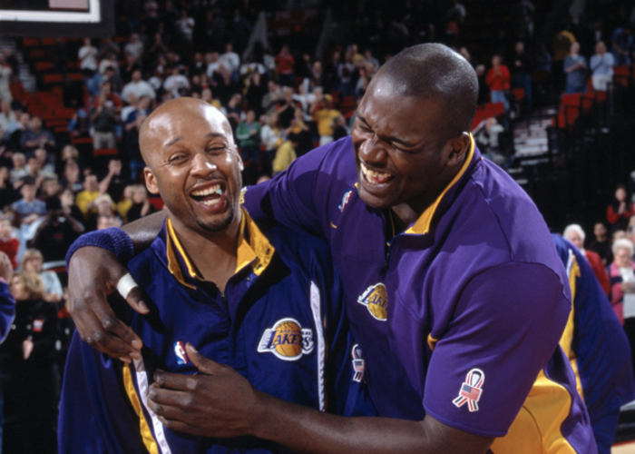 862e1bfb457 Shaw Praises Shaq for Dominance and Generosity Before Hall of Fame  Induction