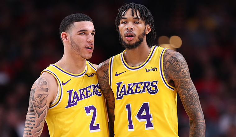 Lakers Turn to Other Point Guard Options in Rondo's Absence