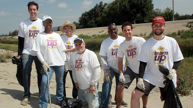 Lakers Staff Teams Up for LA River Clean-up