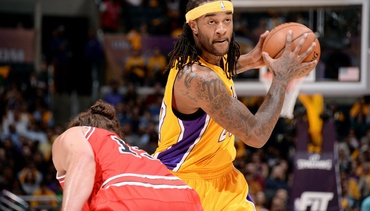 Photos: Lakers vs. Bulls