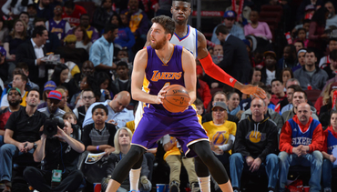 Photos: Lakers at 76ers