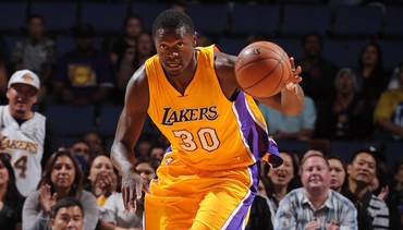 Randle Breaks Through in Win Over Portland