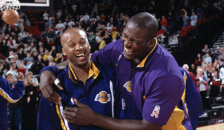 a48abc892c7514 Shaw Praises Shaq for Dominance and Generosity Before Hall of Fame  Induction