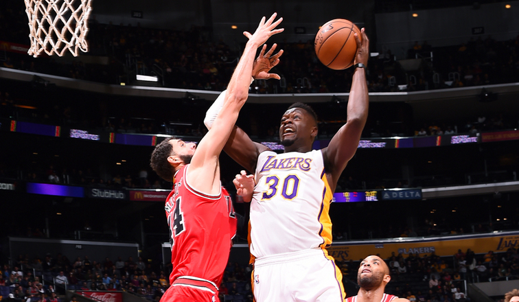 9a691ea7b05 10 Things to Know  Lakers at Bulls (11 30 16)